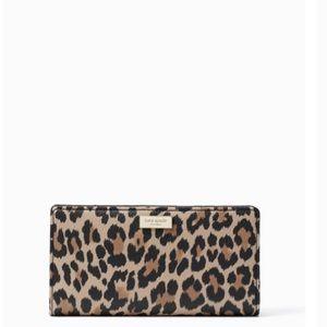 Kate Spade shore street leopard Stacy wallet